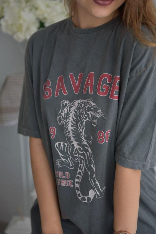 6001 Savage Baskılı Oversize Tshirt resmi