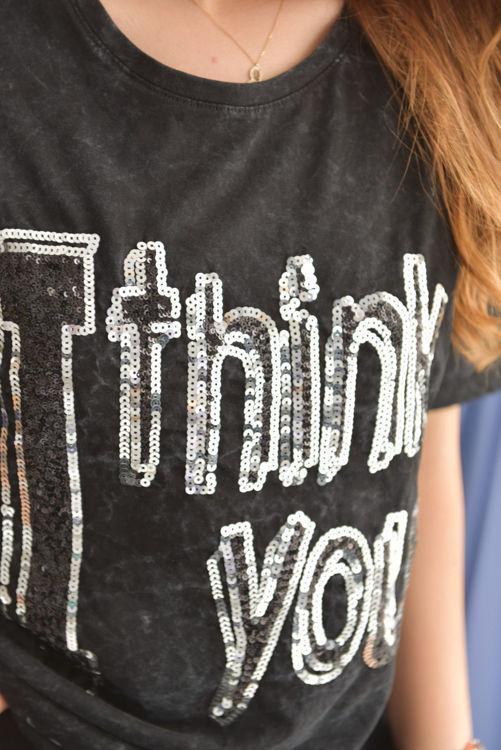 2987 Payet işlemeli Tshirt resmi