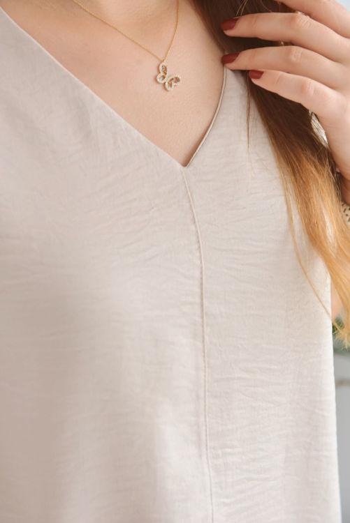 9004 V Yaka Bluz resmi