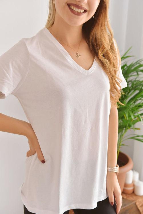 004 V Yaka Basic Tshirt resmi